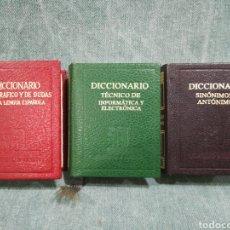Livres d'occasion: LOTE DE 3 DICCIONARIOS EN MINIATURA - SINÓNIMOS/ANTÓNIMOS - ORTOGRÁFICO/DUDAS - INFORMÁTICA. Lote 255308240