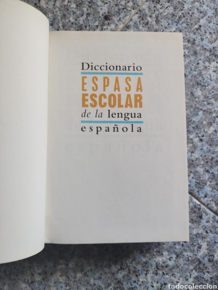 Diccionarios de segunda mano: Diccionario Espasa Escolar de la Lengua Española - Ilustrado a todo color - Foto 2 - 262789625