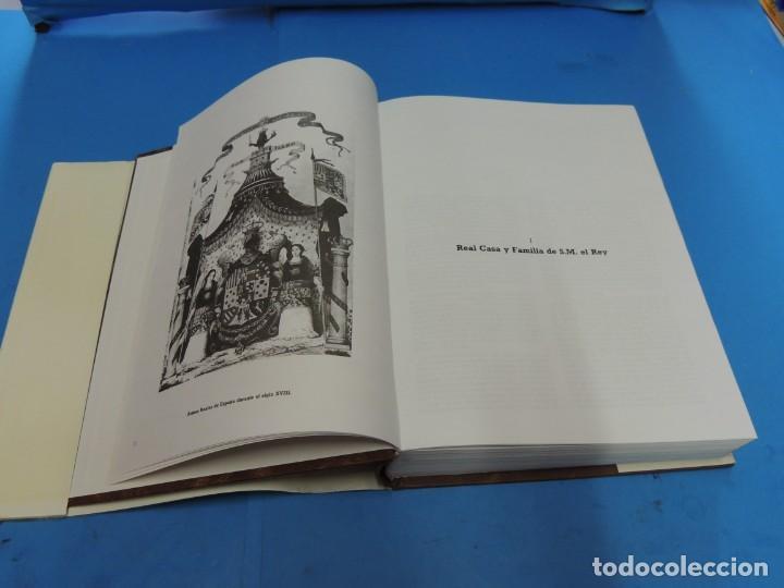 Diccionarios de segunda mano: DICCIONARIO HERÁLDICO Y NOBILIARIO DE LOS REINOS DE ESPAÑA.- FERNANDO GONZÁLEZ-DORIA - Foto 5 - 277176023