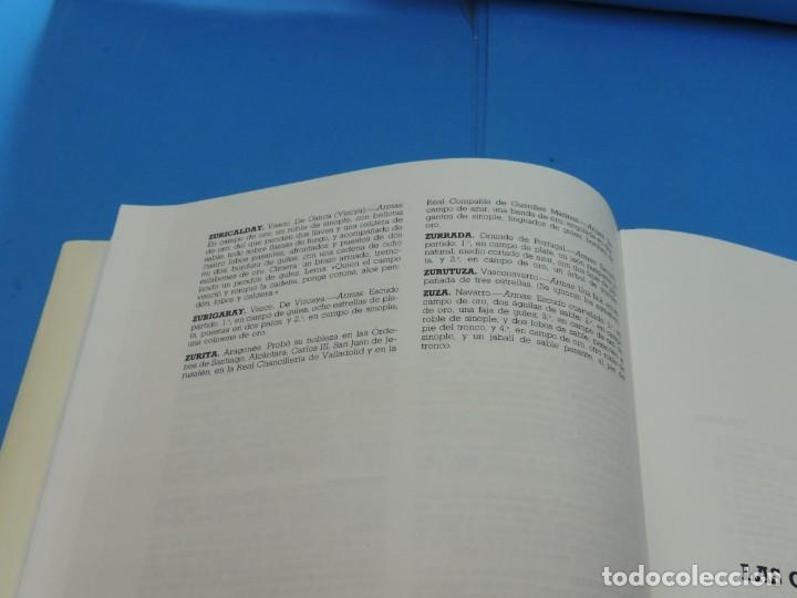 Diccionarios de segunda mano: DICCIONARIO HERÁLDICO Y NOBILIARIO DE LOS REINOS DE ESPAÑA.- FERNANDO GONZÁLEZ-DORIA - Foto 8 - 277176023