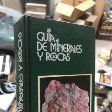 Libri di seconda mano: GUÍA DE MINERALES Y ROCAS - GRIJALBO. Lote 291038188