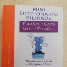 Diccionarios de segunda mano: MINI DICCIONARIO BILINGUE GATO/ESPAÑOL - VOX. Lote 294968693