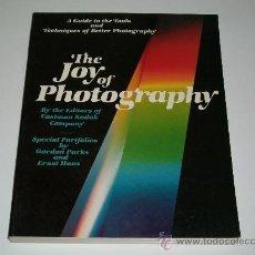 Libros de segunda mano: LIBRO DE FOTOGRAFÍA - THE JOY OF PHOTOGRAPHY - EN INGLES - AÑO 1979 . Lote 26782040