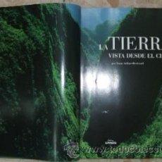 Libros de segunda mano: LA TIERRA VISTA DESDE EL CIELO (A-CIE-106). Lote 22012394