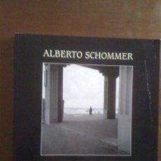 Libros de segunda mano: ALBERTO SCHOMMER. EL ARTE DE LA MIRADA. JEAN ARROUYE, ALEJANDRO CASTELLOTE, E. HOSOE. LUNWERG 2002. Lote 33685546