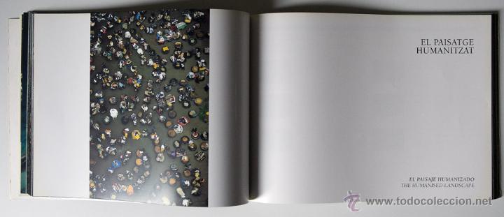 Libros de segunda mano: La Terra Des Del Cel Fotografies De Yann Arthus-Bertrand DESCATALOGADO - Foto 8 - 40326075