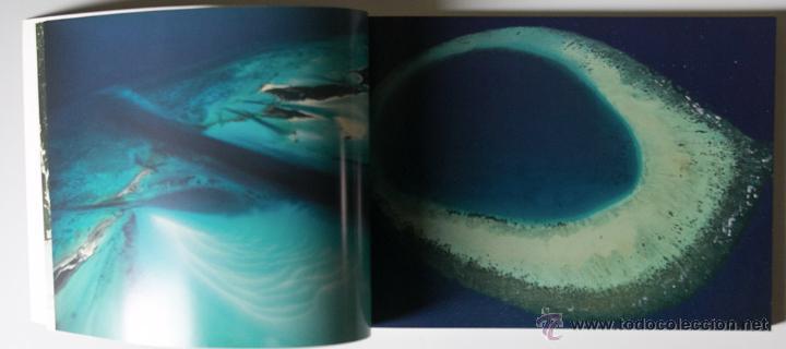 Libros de segunda mano: La Terra Des Del Cel Fotografies De Yann Arthus-Bertrand DESCATALOGADO - Foto 9 - 40326075