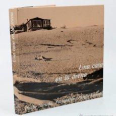 Libros de segunda mano: UNA CASA EN LA ARENA, FOTOS: SERGIO LARRAIN, TEXTOS: NERUDA. 3ªED. 1984 ED. LUMEN.. Lote 48976574