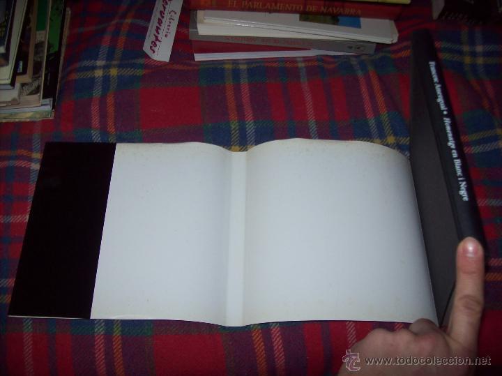 Libros de segunda mano: HOMENATGE EN BLANC I NEGRE ( MEMÒRIA FOTOGRÀFICA DELS ESCRIPTORS DE LES ILLES). F. AMENGUAL. 1996. - Foto 25 - 54795166