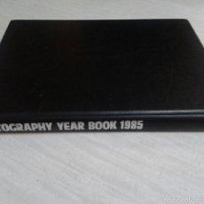 Libros de segunda mano: LIBRO FOTOGRAFIAS AÑO 1985, FOUNTAIN PRESS. Lote 54898937