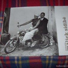 Libros de segunda mano: RETRATOS/ RETRATS MALICK SIDIBÉ. CASAL SOLLERIC.AJUNTAMENT DE PALMA.2009. MAGNÍFICO EJEMPLAR.. Lote 55788279