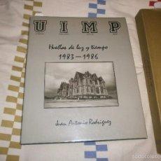 Libros de segunda mano: HUELLAS DE LUZ Y TIEMPO JUAN ANTONIO RODRIGUEZ UIMP FOTOS BLANCO Y NEGRO 1987 UNIVERSIDAD INTERNACIO. Lote 56805857