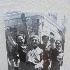 Libros de segunda mano: 17 REPRODUCCIONES FOTOGRAFIAS DE LA GUERRA CIVIL ESPAÑOLA. TAMAÑO 41 X 26 CM APROXIMADAMENTE.. Lote 59916227