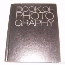 Libros de segunda mano: ANNE H. HOY. THE BOOK OF PHOTOGRAPHY. RM77348. . Lote 65916562