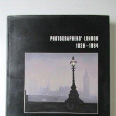 Libros de segunda mano: LIBRO GRAN FORMATO SOBRE LOS FOTÓGRAFOS DE LONDRES 1939-1994, MIKE SEABORNE, 1997. Lote 68398717