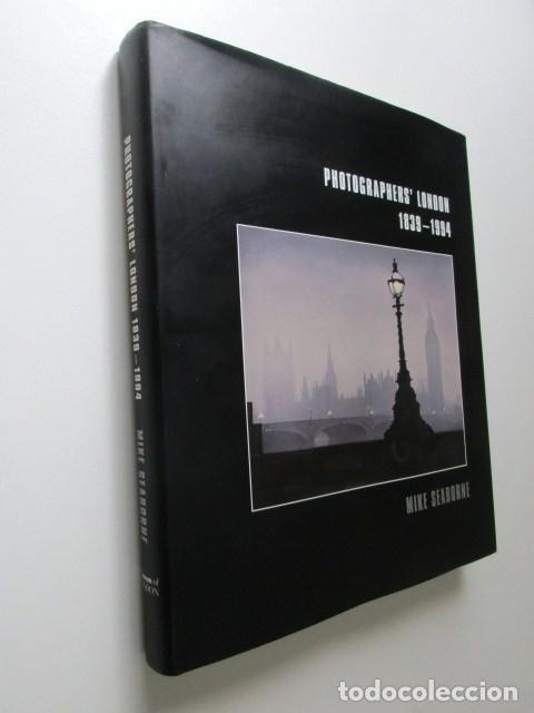 Libros de segunda mano: LIBRO GRAN FORMATO SOBRE LOS FOTÓGRAFOS DE LONDRES 1939-1994, MIKE SEABORNE, 1997 - Foto 2 - 68398717