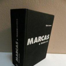 Libros de segunda mano: MARCAS & TRADEMARKS QUIM LARREA , GUSTAVO GILI, 2003 DISEÑO GRAFICO DISSENY. Lote 69909393