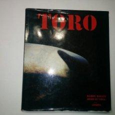 Libros de segunda mano: TORO TEXTO: JOAQUÍN VIDAL ; FOTOGRAFIAS: RAMÓN MASATS LUNWERG EDITORES . Lote 71596311