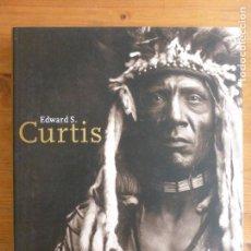 Libros de segunda mano: EDWARDS CURTIS. 1868-1952 HANS CHRISTIAN ADAM. TASCHEN 2000 256PP. Lote 80671934