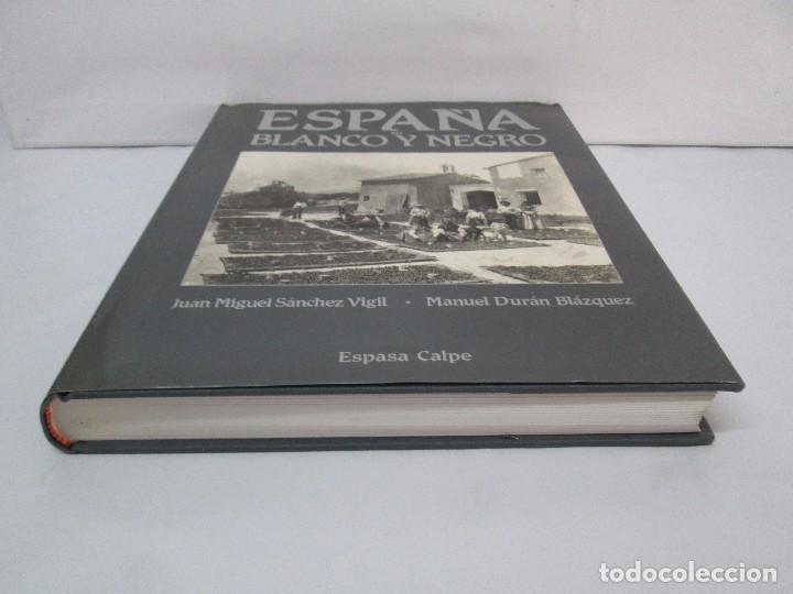 Libros de segunda mano: ESPAÑA EN BLANCO Y NEGRO. JUAN MIGUEL SANCHEZ VIGIL. MANUEL DURAN BLAZQUEZ. FOTOGRAFIAS. - Foto 3 - 91163065