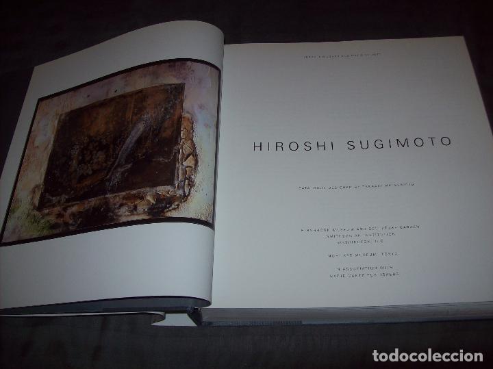 Libros de segunda mano: HIROSHI SUGIMOTO. KERRY BROUGHER & DAVID ELLIOTT. HIRSHHORN MUSEUM AND SCULPTURE GARDEN. 2006. - Foto 3 - 95715939