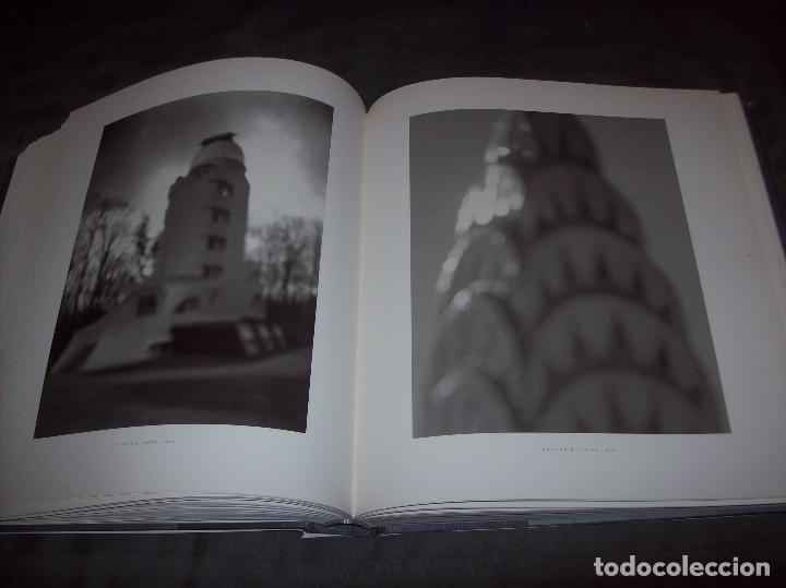 Libros de segunda mano: HIROSHI SUGIMOTO. KERRY BROUGHER & DAVID ELLIOTT. HIRSHHORN MUSEUM AND SCULPTURE GARDEN. 2006. - Foto 21 - 95715939