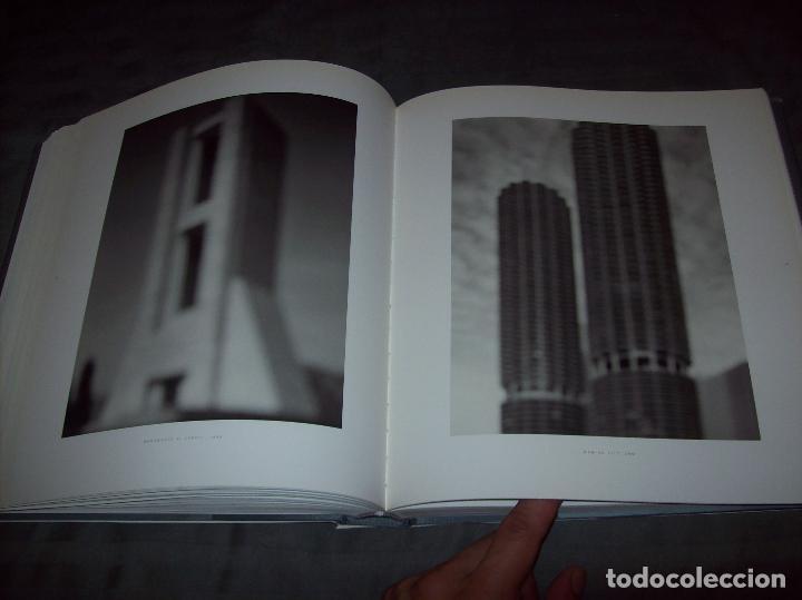Libros de segunda mano: HIROSHI SUGIMOTO. KERRY BROUGHER & DAVID ELLIOTT. HIRSHHORN MUSEUM AND SCULPTURE GARDEN. 2006. - Foto 22 - 95715939