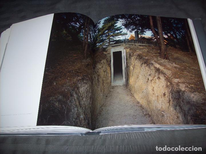 Libros de segunda mano: HIROSHI SUGIMOTO. KERRY BROUGHER & DAVID ELLIOTT. HIRSHHORN MUSEUM AND SCULPTURE GARDEN. 2006. - Foto 29 - 95715939