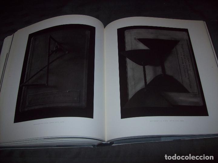 Libros de segunda mano: HIROSHI SUGIMOTO. KERRY BROUGHER & DAVID ELLIOTT. HIRSHHORN MUSEUM AND SCULPTURE GARDEN. 2006. - Foto 32 - 95715939