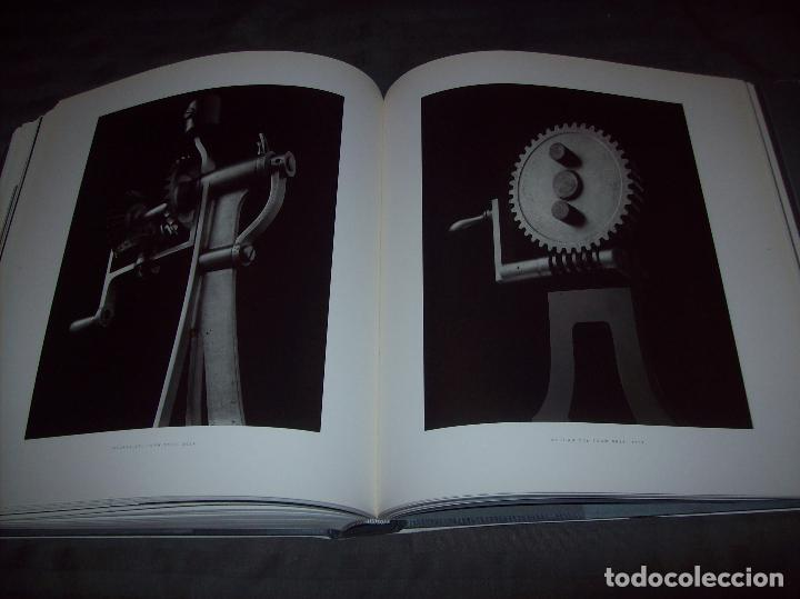Libros de segunda mano: HIROSHI SUGIMOTO. KERRY BROUGHER & DAVID ELLIOTT. HIRSHHORN MUSEUM AND SCULPTURE GARDEN. 2006. - Foto 33 - 95715939