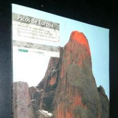 Libros de segunda mano: PICOS DE EUROPA UNIVERSO DE ROCA, NIEVE Y LUZ A VISTA DE AGUILA / VOL. 2 / VALENTIN ORMEÑO. Lote 98382243