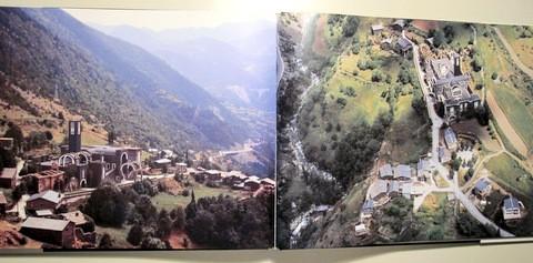 Libros de segunda mano: VINYES, Ramon - MORELL, A. - ANDORRA VOL INSÒLIT - Andorra 1989 - Molt il·lustrat - Foto 3 - 112207120