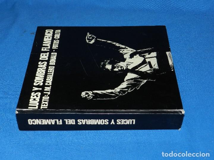 Libros de segunda mano: (MF) LUCES Y SOMBRAS DEL FLAMENCO, FOTOGRAFÍAS DE COLITA, LUMEN ED. 1975. 21X23 CM - Foto 2 - 115217927