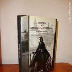 Libros de segunda mano: HISTORIA DE LA FOTOGRAFIA EN ESPAÑA - PUBLIO LÓPEZ MONDÉJAR - LUNWERG, MUY BUEN ESTADO. Lote 115436495