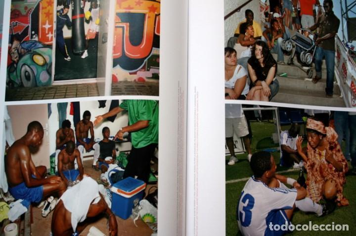 Libros de segunda mano: MADRID INMIGRANTE: SEIS VISIONES FOTOGRAFICAS SOBRE INMIGRACION EN LA COMUNIDAD - GARCIA RODERO - Foto 4 - 120669119