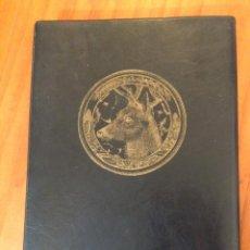 Libros de segunda mano: LA CAZA DEL LOBO CONGELADO. RICARDO CASES. (FIRMADO). CUADERNOS FOTOGRÁFICOS DE LA KURSALA Nº13. Lote 122093011