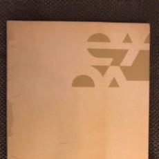 Libros de segunda mano: ESCOLA D'ARTS APLICADES I OFI.ARTSTICS DE VALENCIA (A.1984). Lote 122223930