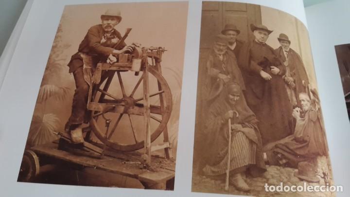 Libros de segunda mano: HISTORIA DE LA FOTOGRAFÍA EN ESPAÑA. FOTOGRAFIA Y SOCIEDAD DESDE SUS ORÍGENES HASTA EL SIGLO XXI - Foto 4 - 178164371
