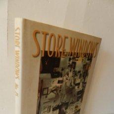 Libros de segunda mano: STORE WINDOWS THAT SELL: Nº 15 DISEÑO DESIGN ESCAPARATISMO EN INGLÉS MARTIN M. PEGLER. Lote 129152275