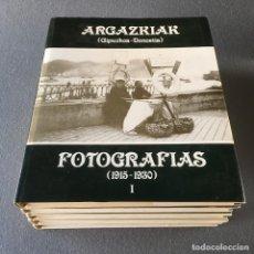 Libros de segunda mano: FOTOGRAFIAS (1915-1970). ARGAZKIAK (GIPUZKOA-DONOSTIA) 5 VOLÚMENES.. Lote 147545162