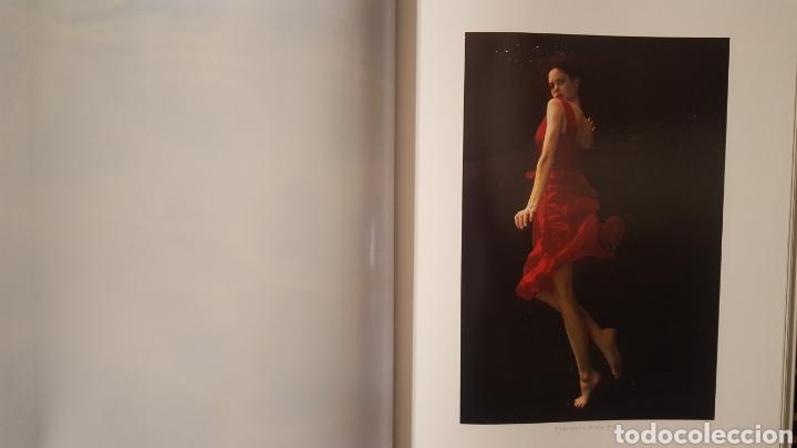 Libros de segunda mano: Libro - Water / Dance (WaterDance) - Howard Schatz - Graphis Press Corp - 192 paginas - Tapa dura - Foto 6 - 135673849