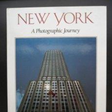 Libros de segunda mano: LIBRO NEW YORK - BILL HARRIS - FOTOS ESPECTACULARES - NUEVO - REGALO DE UNA GUÍA DE NEW YORK.. Lote 135839746