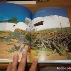 Libros de segunda mano: SANTA EULÀRIA DES RIU. EIVISSA -IBIZA. TEXTO ANTONI FERRER. FOTOGRAFÍAS SANTI BARBERÁN. 1999. Lote 137563666