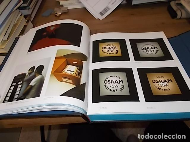 Libros de segunda mano: CREAM 3. 10 CURADORES / 100 ARTISTAS CONTEMPORÁNEOS / 10 ARTISTAS DE ORIGEN. PHAIDON. 2003.UNA JOYA - Foto 15 - 141673010