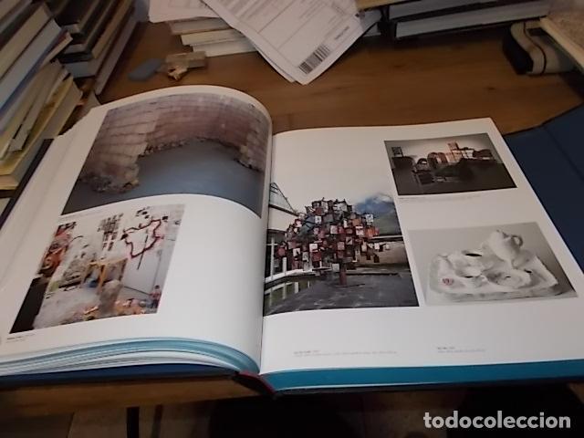Libros de segunda mano: CREAM 3. 10 CURADORES / 100 ARTISTAS CONTEMPORÁNEOS / 10 ARTISTAS DE ORIGEN. PHAIDON. 2003.UNA JOYA - Foto 20 - 141673010