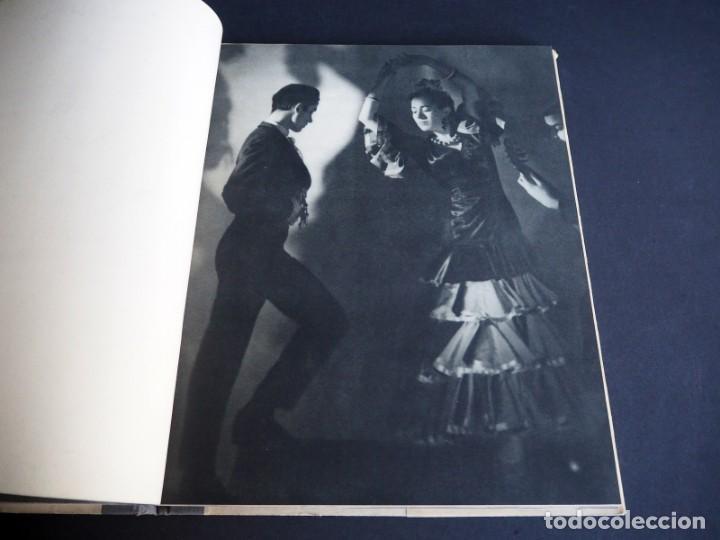 Libros de segunda mano: BALLET ESPAÑOL. FOTOGRAFÍAS DE JUAN GYENES. Con dedicatoria del fotografo. 1953 - Foto 11 - 142893934