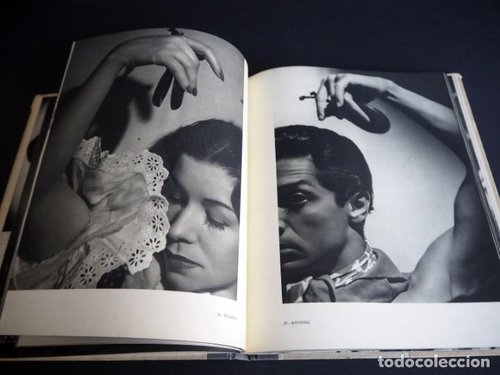 Libros de segunda mano: BALLET ESPAÑOL. FOTOGRAFÍAS DE JUAN GYENES. Con dedicatoria del fotografo. 1953 - Foto 16 - 142893934