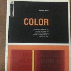 Libros de segunda mano: COLOR. BASES DEL DISEÑO N.5. GAVIN AMBROSE Y PAUL HARRIS. DISEÑO GRAFICO 2006. Lote 142995718