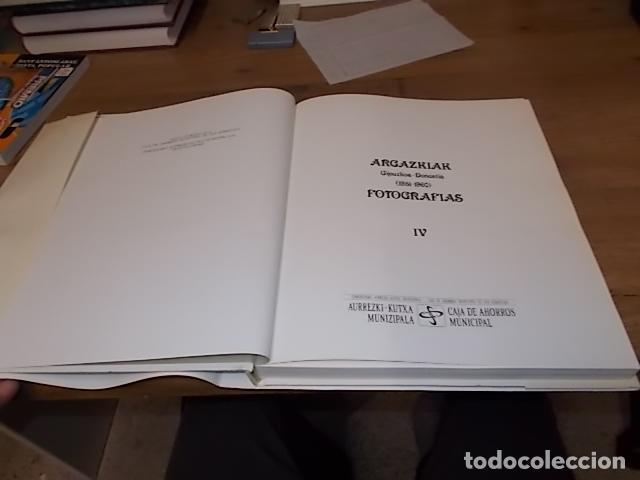 Libros de segunda mano: ARGAZKIAK ( GIPUZKOA-DONOSTIA). FOTOGRAFÍAS (1951-1960).TOMO IV. CAJA DE AHORROS MUNICIPAL. 1989. - Foto 3 - 143397718