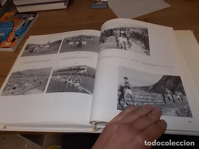Libros de segunda mano: ARGAZKIAK ( GIPUZKOA-DONOSTIA). FOTOGRAFÍAS (1951-1960).TOMO IV. CAJA DE AHORROS MUNICIPAL. 1989. - Foto 28 - 143397718
